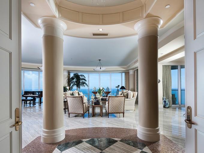 Condominium for sales at PARK SHORE - REGENT 4101  Gulf Shore Blvd  N PH 2  Naples, Florida 34103 United States