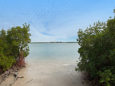 Land for sales at MARCO ISLAND - ESTATES 1810  Dade Ct, Marco Island, Florida 34145 United States