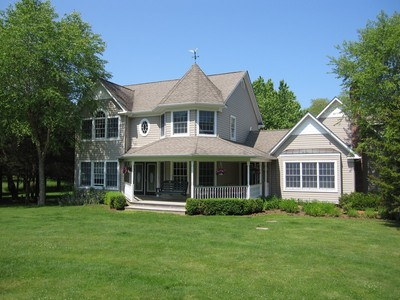 Single Family Home for sales at Traditional 1 Locust Woods Dr Shelter Island, New York 11964 United States