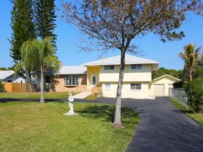 Vivienda unifamiliar for sales at BRADENTON 8002  19th Ave  NW Bradenton, Florida 34209 Estados Unidos