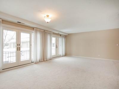 Nhà chung cư for sales at 6409 Colony Way , Unit 2B, Edina, MN 55435 6409  Colony Way Unit 2B Edina, Minnesota 55435 Hoa Kỳ