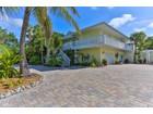 Maison unifamiliale for sales at SIESTA KEY 3445  Anglin Dr  Sarasota, Florida 34242 États-Unis