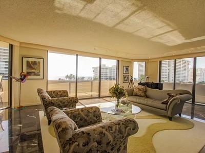 Appartement en copropriété for sales at 1401 S Ocean Blvd , 501, Boca Raton, FL 33432 1401 S Ocean Blvd 501  Boca Raton, Florida 33432 États-Unis