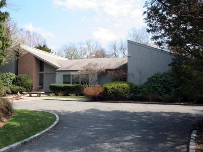 Single Family Home for sales at Contemporary 15 Rodeo Dr Syosset, New York 11791 United States