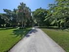 Nhà ở một gia đình for sales at LONGBOAT KEY 690  Cedar St Longboat Key, Florida 34228 Hoa Kỳ