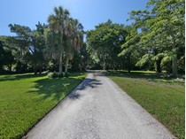 Single Family Home for sales at LONGBOAT KEY 690  Cedar St   Longboat Key, Florida 34228 United States