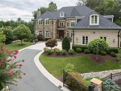 Einfamilienhaus for sales at 1303 Kirby Road, McLean 1303 Kirby Rd  McLean, Virginia 22101 Vereinigte Staaten