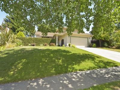 Maison unifamiliale for sales at 349 Skylark Way, Napa, CA 94558 349  Skylark Way Napa, Californie 94558 États-Unis