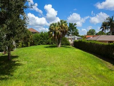 Земля for sales at VANDERBILT - CONNORS 467  Seagull Ave Naples, Флорида 34108 Соединенные Штаты