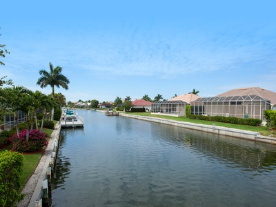 Terreno for sales at MARCO ISLAND - STRAWBERRY COURT 1124  Strawberry Ct Marco Island, Florida 34145 Estados Unidos