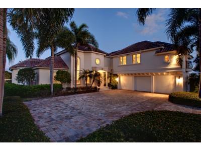 Einfamilienhaus for sales at PORT ROYAL 3525  Rum Row Naples, Florida 34102 Vereinigte Staaten