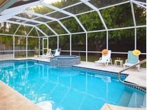 Casa para uma família for sales at MARCO ISLAND - CENTURY 449  Century Dr   Marco Island, Florida 34145 Estados Unidos