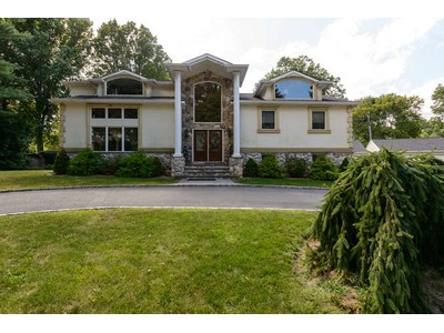 Single Family Home for sales at Colonial 2 Karen Rd Glen Cove, New York 11542 United States