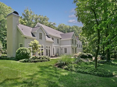 Villa for sales at Large Home on 20 Acres 4850 Province Line Road  Princeton, New Jersey 08540 Stati Uniti