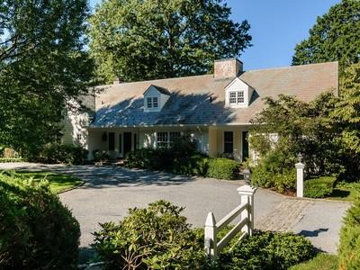 Nhà ở một gia đình for sales at Farm Ranch 202 Cleft Rd  Mill Neck, New York 11765 Hoa Kỳ