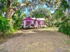 Einfamilienhaus for sales at BRADENTON 208  28th Street Ct  NW Bradenton, Florida 34205 Vereinigte Staaten