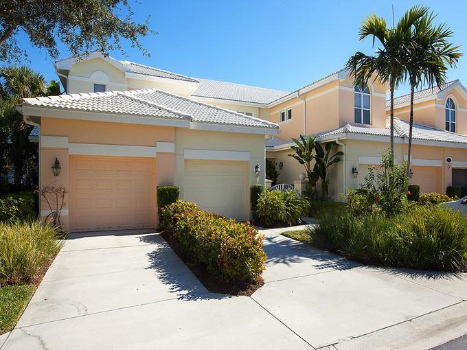 Кооперативная квартира for sales at FIDDLER'S CREEK - HAWKS NEST 4680  Hawks Nest Way 102 Naples, Флорида 34114 Соединенные Штаты