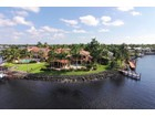 Tek Ailelik Ev for  sales at AQUALANE SHORES 989  Aqua Cir  Naples, Florida 34102 Amerika Birleşik Devletleri