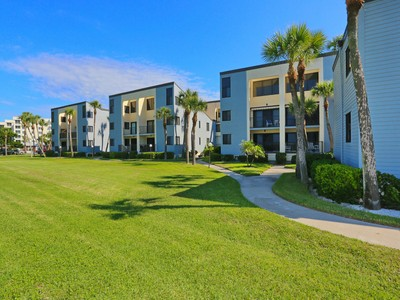 共管式独立产权公寓 for sales at MACARTHUR BEACH 700  Golden Beach Blvd 108 Venice, 佛罗里达州 34285 美国