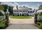 Maison unifamiliale for  sales at Colonial 201 Sunset Rd  Oyster Bay Cove, New York 11771 États-Unis