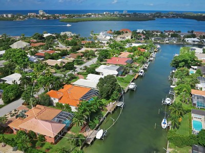 Single Family Home for sales at BIRD KEY 506 N Spoonbill Dr Sarasota, Florida 34236 United States
