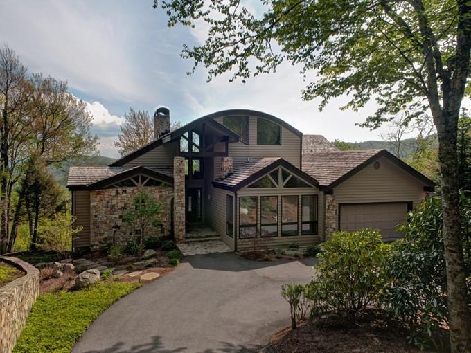 Nhà ở một gia đình for sales at LINVILLE RIDGE 327  Branch Water Run 3 Linville, Bắc Carolina 28646 Hoa Kỳ