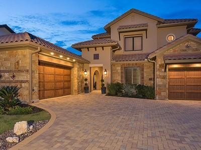 Nhà ở một gia đình for sales at 13117 Luna Montana Way, Austin  Austin, Texas 78732 Hoa Kỳ