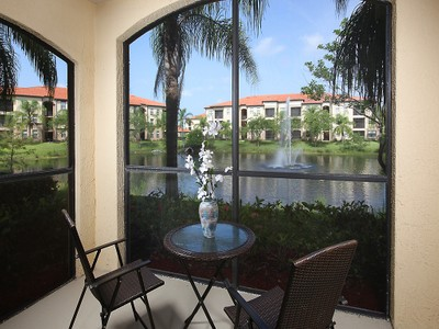 Condominio for sales at POSITANO PLACE 12960  Positano Cir 106 Naples, Florida 34105 Stati Uniti