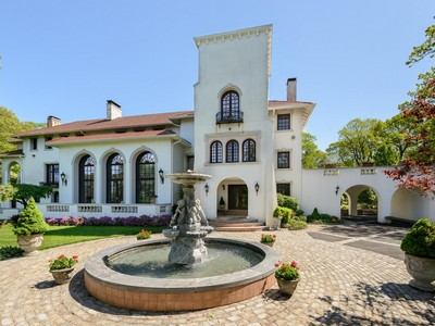 Casa Unifamiliar for sales at Villa Toscana  Mill Neck, Nueva York 11765 Estados Unidos