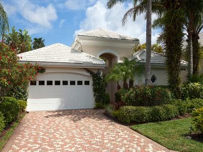 Maison unifamiliale for sales at PELICAN LANDING - ASCOT 3764  Ascot Bend Ct Bonita Springs, Florida 34134 États-Unis