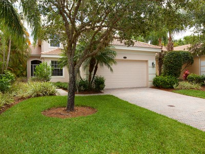 Maison unifamiliale for sales at FIDDLER'S CREEK - PEPPER TREE 8595  Pepper Tree Way Naples, Florida 34114 États-Unis