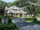 Casa para uma família for sales at Colonial 8 Old House Ln Sands Point, Nova York 11050 Estados Unidos