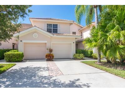 Appartement en copropriété for sales at FIDDLER'S CREEK - WHISPER TRACE 8380  Whisper Trace Ln 202 Naples, Florida 34114 États-Unis