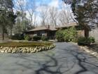 Villa for sales at Ranch 3 Picardy Ln Laurel Hollow, New York 11791 Stati Uniti