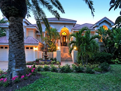 独户住宅 for sales at BAY ISLES 3531  Bayou Pointe  Longboat Key, 佛罗里达州 34228 美国