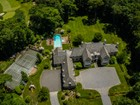 Maison unifamiliale for  sales at Colonial 246 Piping Rock Rd  Matinecock, New York 11560 États-Unis