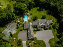 Einfamilienhaus for sales at Colonial 246 Piping Rock Rd   Matinecock, New York 11560 Vereinigte Staaten