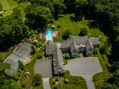 Single Family Home for sales at Colonial 246 Piping Rock Rd Matinecock, New York 11560 United States