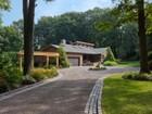 一戸建て for  sales at Ranch 4 Old Estate Rd Glen Cove, ニューヨーク 11542 アメリカ合衆国