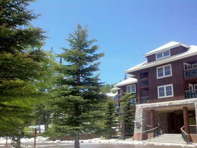 Copropriété for sales at Kintla Lodge 3889 Big Mountain Road #305 Whitefish, Montana 59937 États-Unis