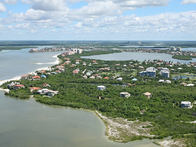 Terrain for sales at MARCO ISLAND - HIDEAWAY 741  Waterside Dr Marco Island, Florida 34145 États-Unis
