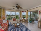 Appartement en copropriété for  sales at MARCO ISLAND - ISLANDER COVE 900  Collier Ct 303   Marco Island, Florida 34145 États-Unis