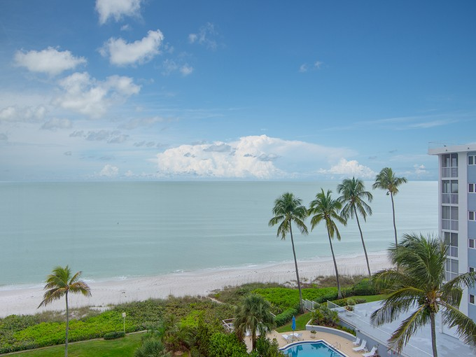 Condominium for sales at THE MOORINGS - WESTGATE 2905  Gulf Shore Blvd  N N-6  Naples, Florida 34103 United States