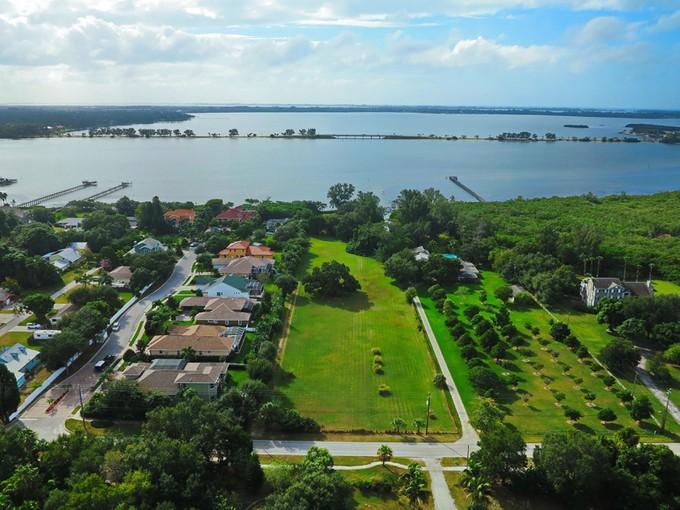 Land for sales at PALMA SOLA BAY 8921  9th Ave  NW Bradenton, Florida 34209 United States