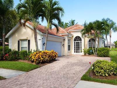 Casa para uma família for sales at ISLAND WALK - ISLAND WALK 5901  Bermuda Ln Naples, Florida 34119 United States