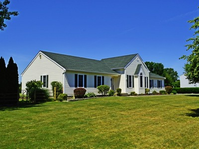 Moradia for sales at Ranch 27 Northgate Cir Baiting Hollow, Nova York 11933 Estados Unidos