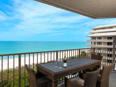 Condominio for sales at MARCO ISLAND - MARBELLE CLUB 840  Collier Blvd  S 806 Marco Island, Florida 34145 Stati Uniti