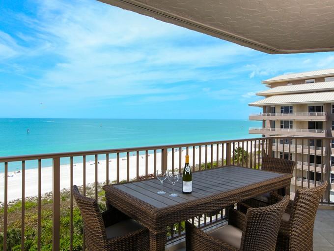Appartement en copropriété for sales at MARCO ISLAND - MARBELLE CLUB 840  Collier Blvd  S 806 Marco Island, Florida 34145 États-Unis