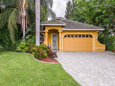 Single Family for rentals at 711 104th Ave N  Naples, Florida 34108 United States