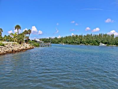 Terrain for sales at LONG BEACH 581  Cedar St 11 Longboat Key, Florida 34228 États-Unis